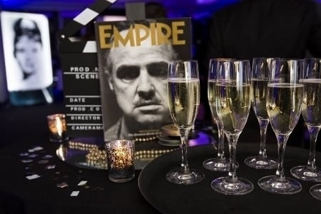 (7)TOP TIPS FOR YOUR OSCAR THEMED CHRISTMAS PARTY  (450x300)