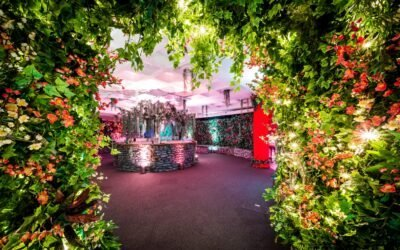 QEII blooms in showcase of creativity